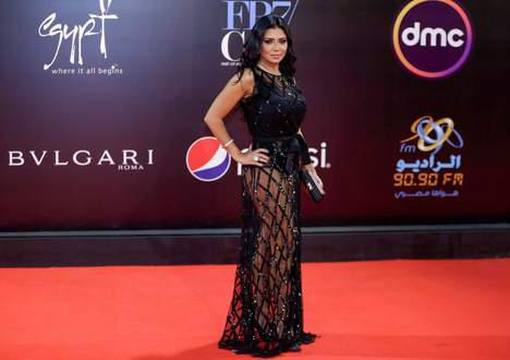 L'actrice Youssef poursuivie pour une robe transparente