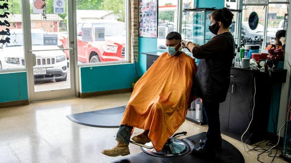 COVID-19: un deuxième coiffeur expose 56 personnes | JDQ