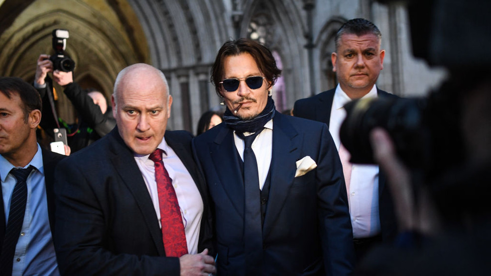 Procès contre The Sun : Johnny Depp soutenu par Vanessa Paradis